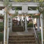 弦巻神社と八幡小祠